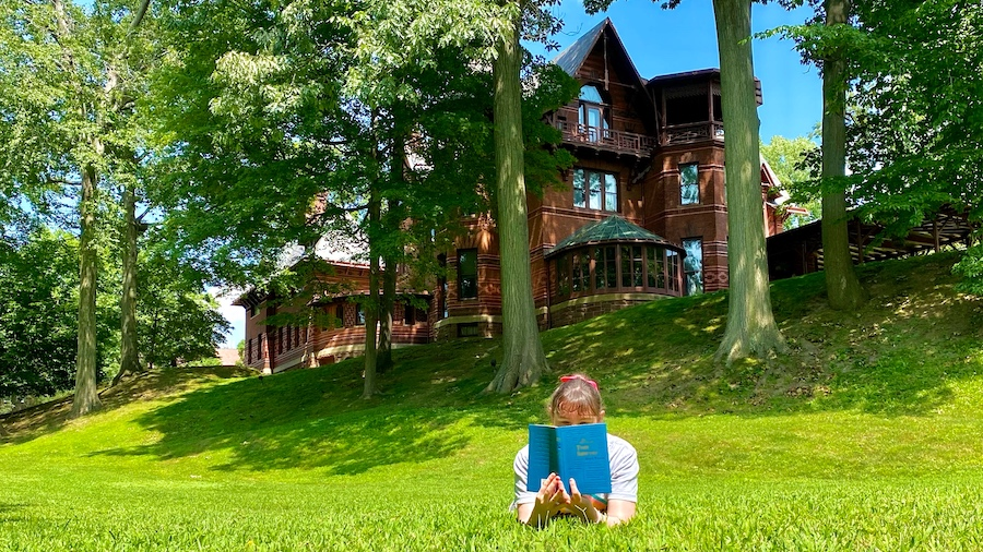 Reading Tom Sawyer at the Mark Twain House